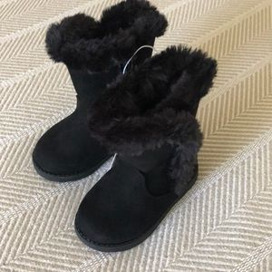 Toddler black boots NEW WITH TAGS